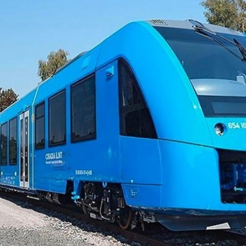 "Who else is excited for the new ""hydrail"" coming between Raleigh and Charlotte?! If built it would be the first of its kind in the country!! Link to article ➡️ http://goo.gl/XEwqWq • • •"